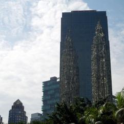 Reflet des Petronas Towers, Kuala Lumpur