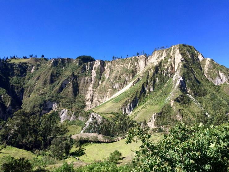 Descendre au fond du canyon et remonter en face...