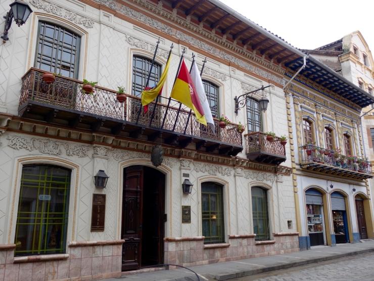 Jolies façades coloniales